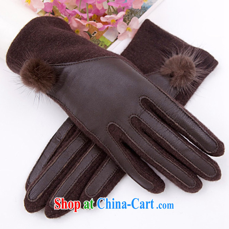 Stylish winter wool gloves wholesale Leopard hair knitted blouses warm gloves sheepskin gloves and coffee-colored
