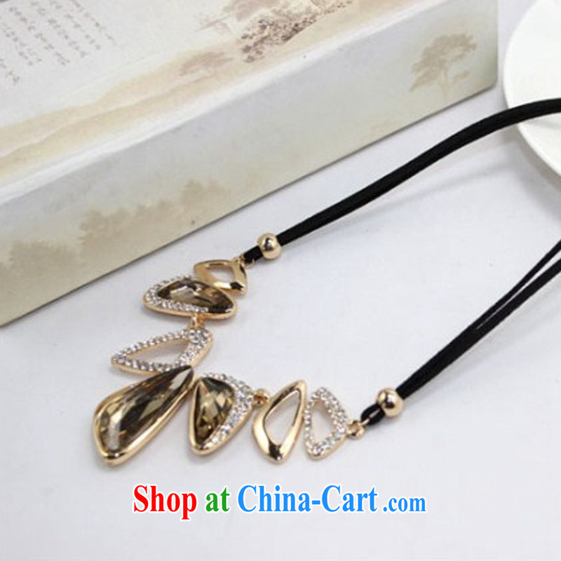 Yu Cisco's 2015 Korean jewelry geometric necklace gemstone inserts drill clavicle link stylish 100 ground sweater mandatory short necklace 607 amber, Yu Cisco, and shopping on the Internet